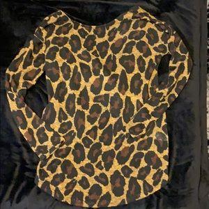 Light knit leopard print sweater with twist back